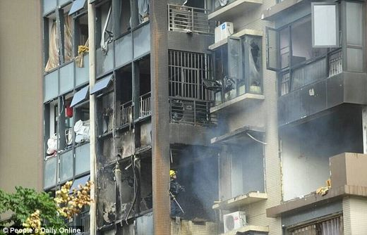 Blaze at residential building in Chengdu, China