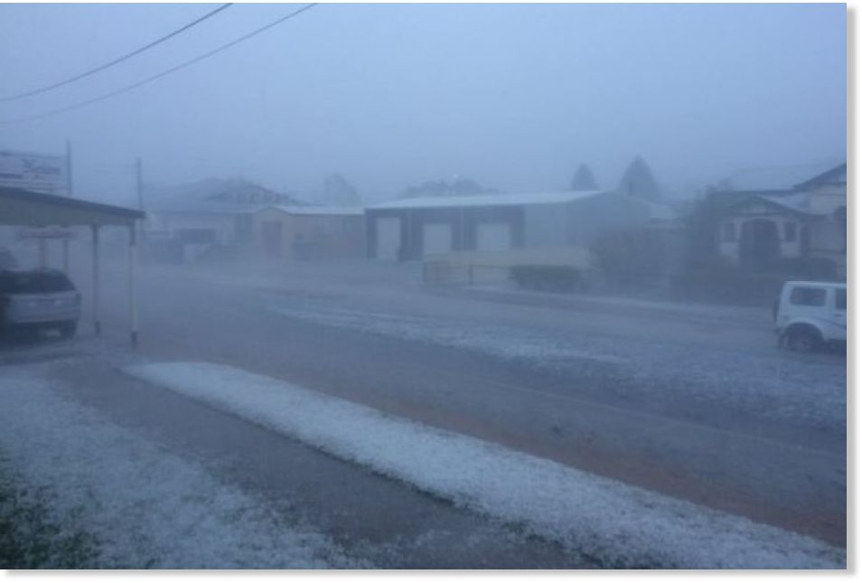 Chinchilla Australia  City pictures : Massive storm hits Chinchilla, Australia; golf ball sized hail ...