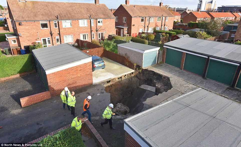 20 Foot Sinkhole Opens Up On Housing Estate In Newcastle