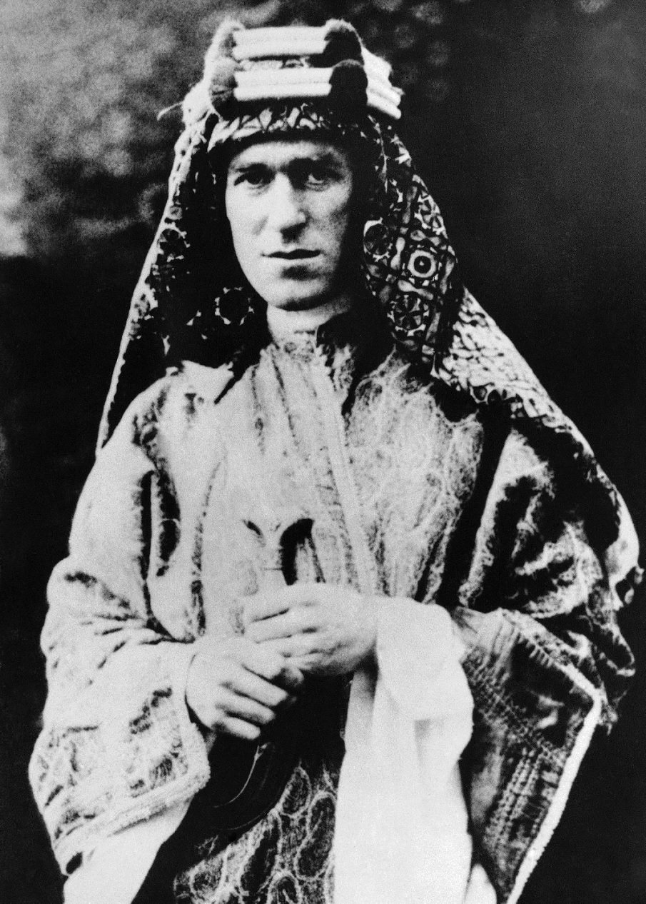 Hero. The Life and Legend of Lawrence of Arabia -