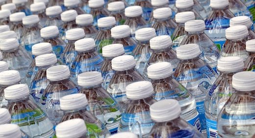 State Officials in Flint Got Bottled Water 10 Months Before the Public