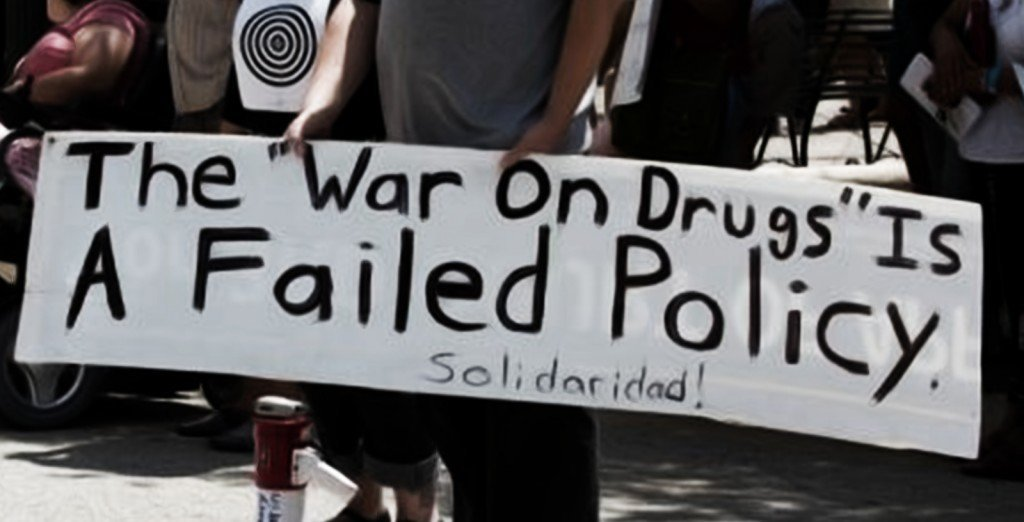 a history of the problems caused by drugs and war on drugs The war on drugs has created a black market for illicit drugs that criminal organizations around the world can rely on for revenue that payrolls other, more violent activities this market.