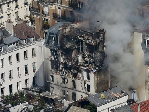 gas explosion paris