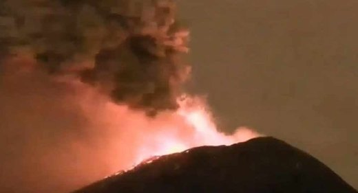 Mexico's Popocatépetl volcano erupts sending ash almost two miles into the sky