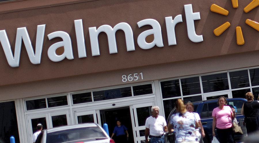 В США мужчина расстрелял посетителей супермаркета: 20 погибло, 26 ранено
