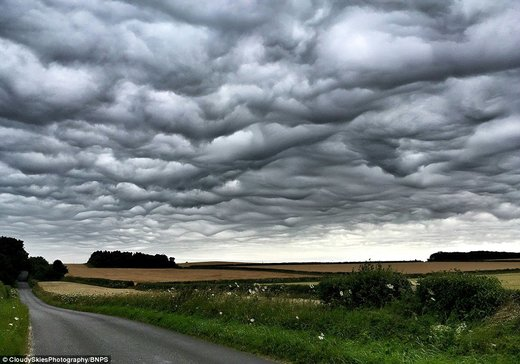 Undulatus asperatus clouds over Dorset, UK