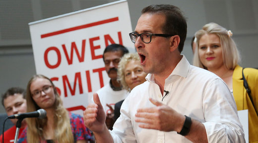 Owen Smith claims: 'Corbyn doesn't get patriotism' - at the same time defends his links to a tax avoidance firm