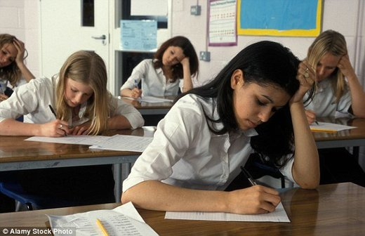 Depression or anxiety strikes one in three teenage girls