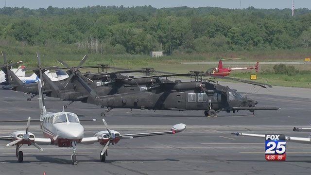Why Are Helicopters Flying Over Boston Today >> Officials Tightlipped On Low Flying Blackhawk Helicopters Training