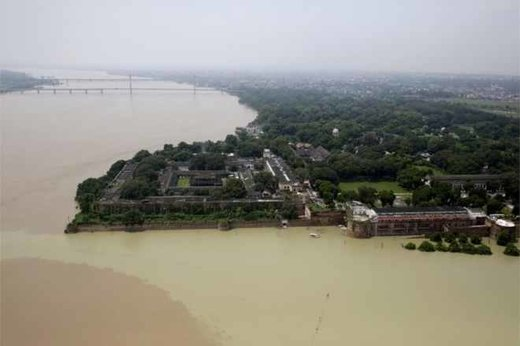 flooded Ganges river in Allahabad city