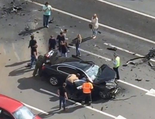 "Did someone just send a message? ""Putin's favorite chauffer"" killed driving Presidential limo - Oncoming speeding car careens into it (VIDEO)"