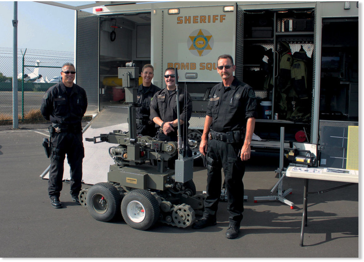 Los Angeles sheriff's deputies use robot to snatch rifle