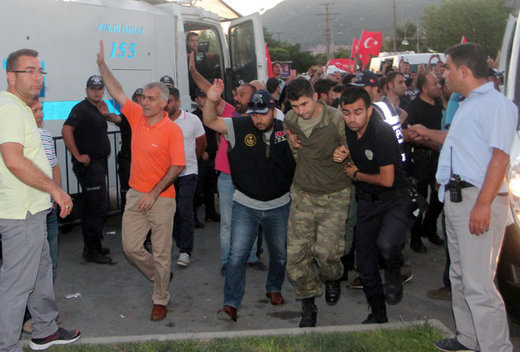 Turkey jails over 30,000 for links to Gulen organization allegedly behind coup