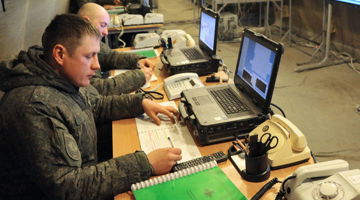 Russian soldiers with computers