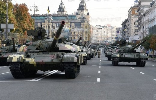 Tanks in the streets of Kiev