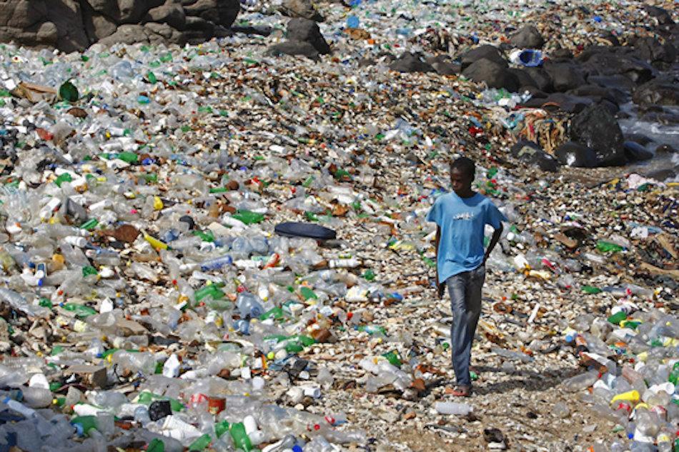 Ocean microplastics - a massive problem -- Earth Changes -- Sott.net