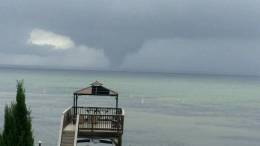 Huge waterspout touches down near Destin,  Florida