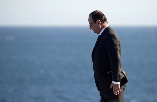 President François Hollande throws in the towel, won't seek re-election