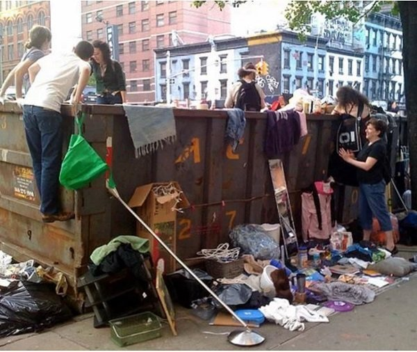 Dumpster divers arrested for giving perfectly good food to ...
