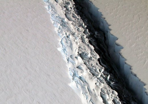 Laren C Ice shelf