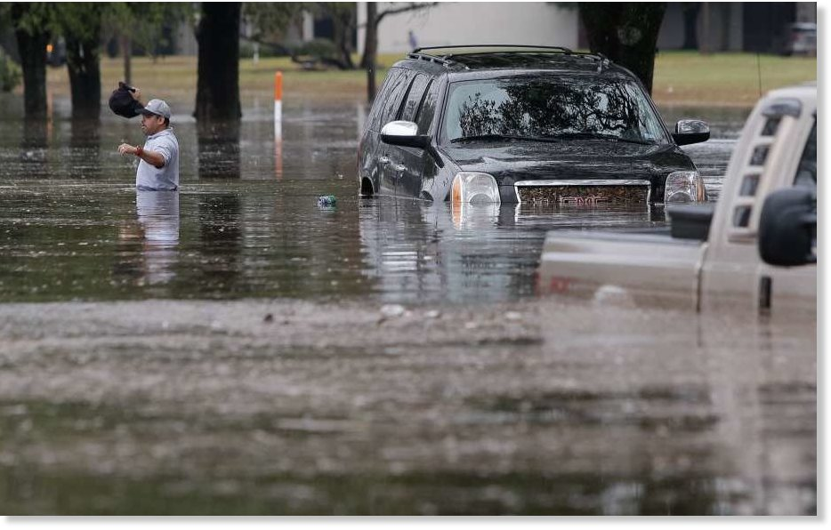 Houston Tx Hit With 4 6 Inches Of Rain In 12 Hours More