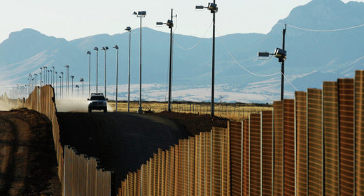 Mexico warns US it will not conduct negotiations unless Trump abandons plans to make it pay for border wall construction