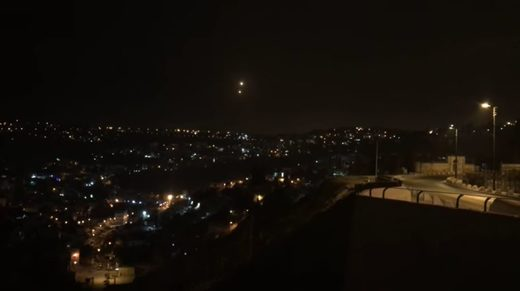 Video apparently captures two UFOs over Jerusalem on New Years' Eve