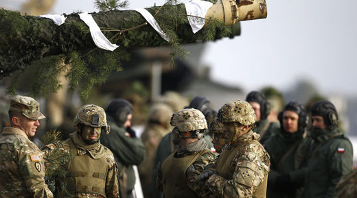 U.S. and Polish army soldiers