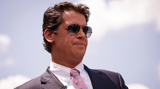 Milo Yiannopoulos triggers social media backlash after 'defending' pedophilia - UPDATE