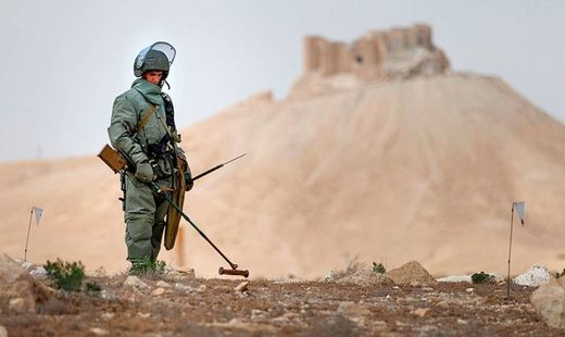 Russian demining soldier