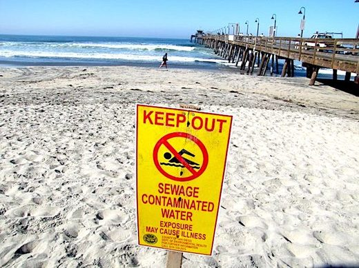 Large sewage spill into the Tijuana River, Mexico, fouls air and ocean north of the border