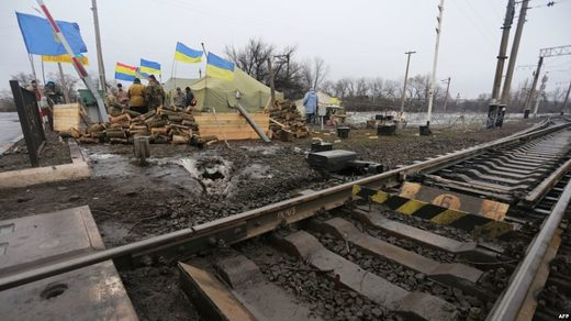 Donbass nationalizes Ukrainian oligarchs' businesses - neo-Nazi blockade continues - UPDATE