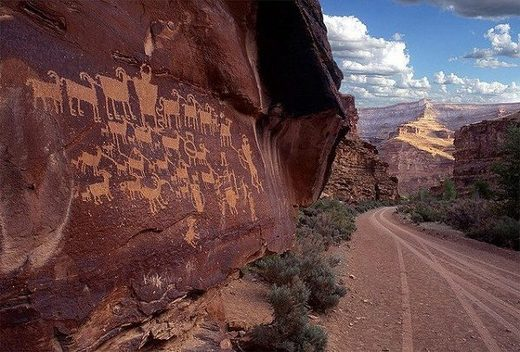 Utah's Nine Mile Canyon: World's longest & oldest 'art gallery' filled with tens of thousands of petroglyphs and pictographs