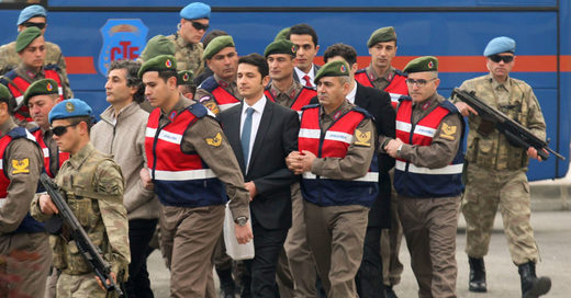 Erdogan coup attempt arrests soldiers