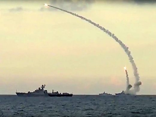 Russian sub fires cruise missiles at Islamic State