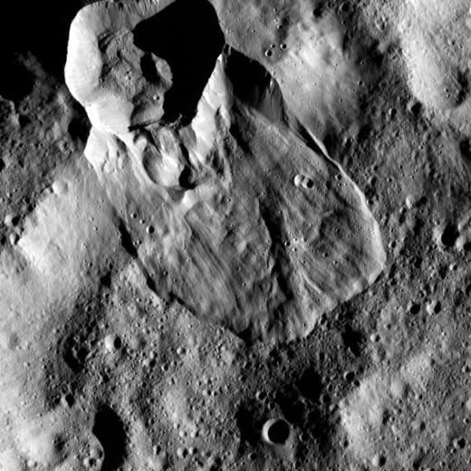 Type I landslides on Ceres