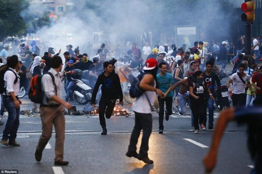 Arson, Murder & Chaos: Photographs of Venezuela's 'Peaceful' Opposition