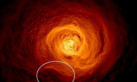 Hot gas in Perseus galaxy