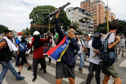 Violent Venezuela opposition protests