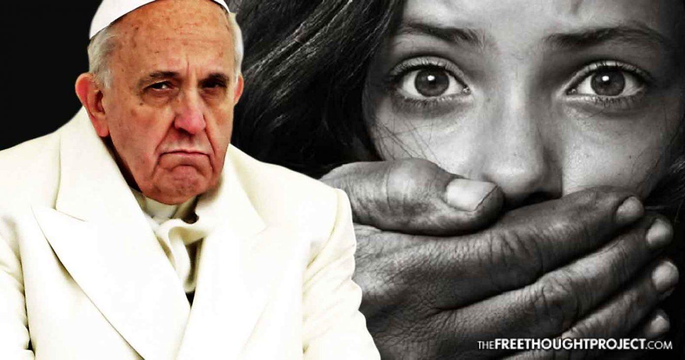 Bildergebnis für pope francis and pedophilia images