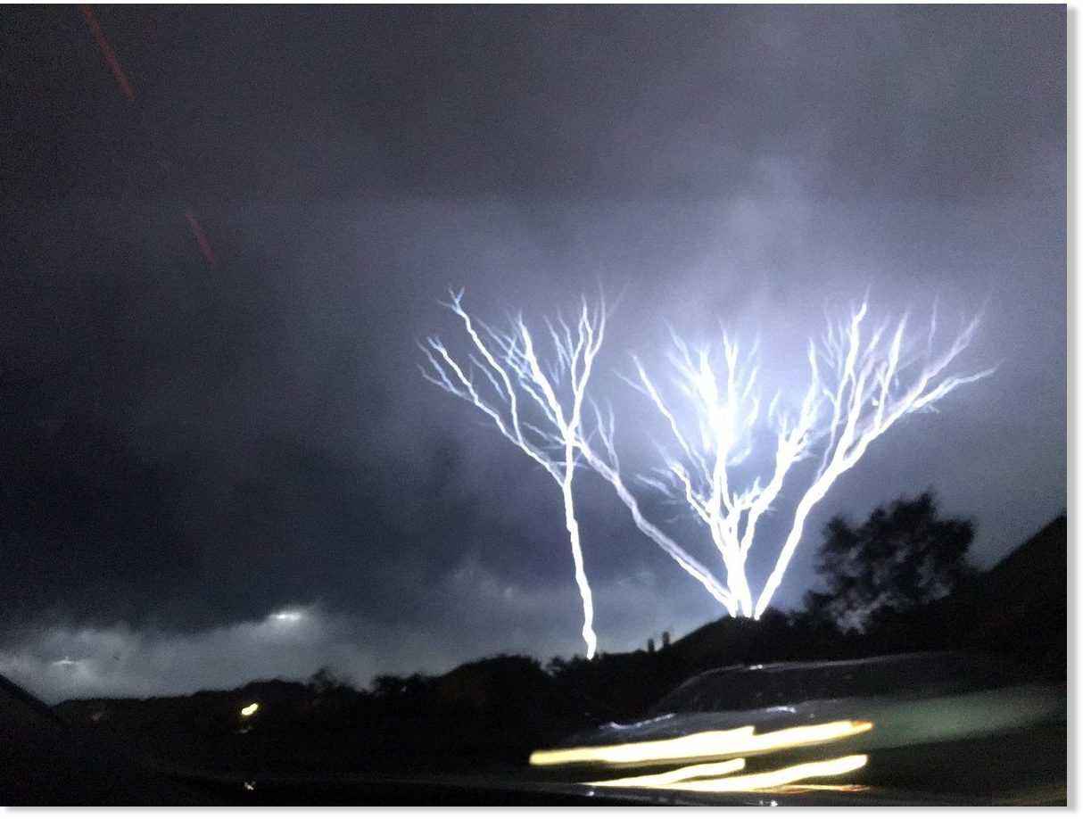 ground to sky lightning filmed across oklahoma city earth changes