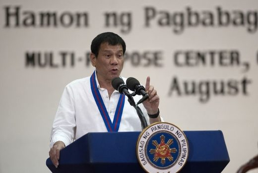 Duterte slams America on eve of Putin meeting