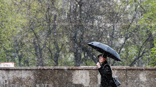 June snow in Moscow just as Trump pulls out of Paris climate deal