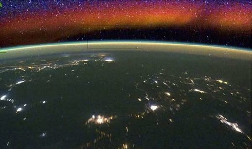 Earth's airglow