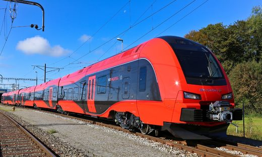 This is for Boaty: Swedish railway company accepts public vote to name new train 'Trainy McTrainface'