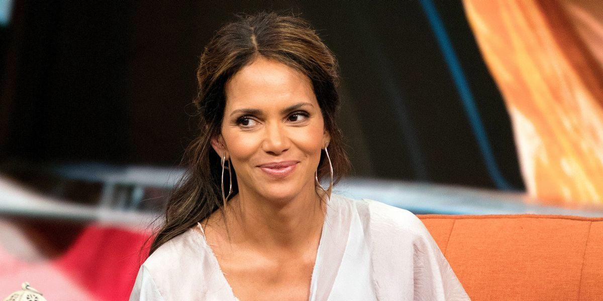 'I eat healthy fats all day long' - Halle Berry explains ...
