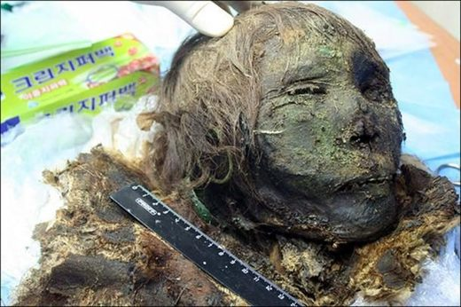 Mummified polar beauty: Archeologists unearth first female from Siberian necropolis