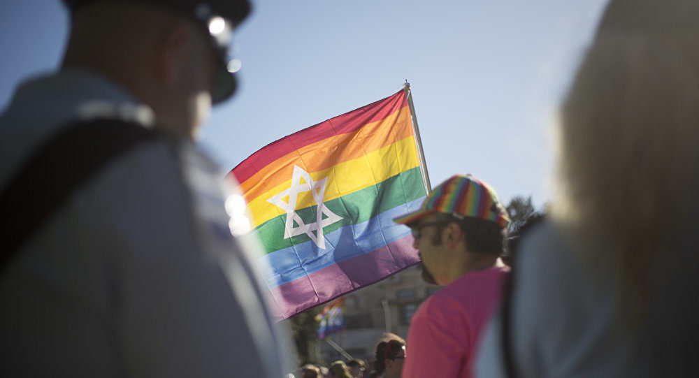 For Many Jewish Youth, Gay Marriage Is A New Normal
