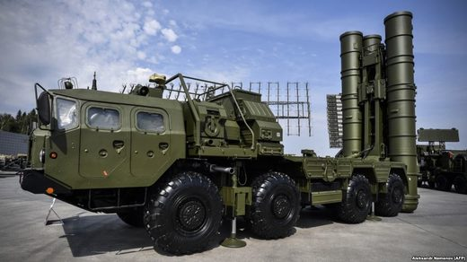 Russian S-400 antiaircraft missile launching system