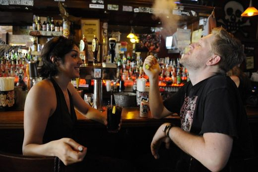 E-cigarettes in NY bar
